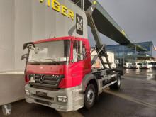 Camião poli-basculante Mercedes Axor