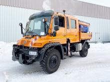 Unimog U500 U 500 4x4 4x4, Doppelkabine, Winterdienstausstattung camion cu echipament de împrăştiat sare şi deszăpezire second-hand