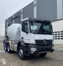 Vrachtwagen beton Mercedes Arocs 3340 B