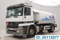 Camião cisterna Mercedes Actros