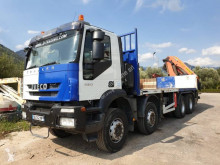 Camion cassone Iveco Trakker 340 T 45