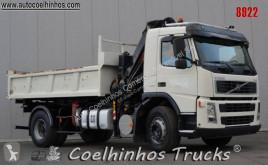 Camión Volvo FM 300 volquete benne TP usado
