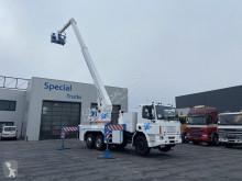 Camion nacelle DAF 240