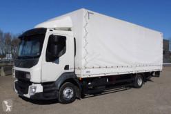 Volvo ponyvával felszerelt plató teherautó FL 210