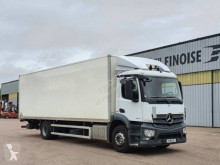 Mercedes Antos 1827 truck used plywood box