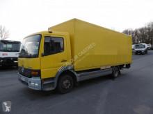 Mercedes furgon teherautó Atego 923