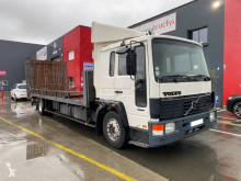 Volvo heavy equipment transport truck FL6