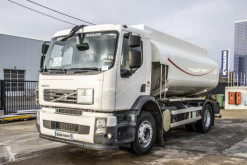 Camion Volvo FE 300 citerne hydrocarbures occasion