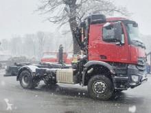Mercedes hook arm system truck Arocs 1840 AK 4x4 1840 AK 4x4 mit Kran Palfinger PK9002, Funk, höhenverst. Haken