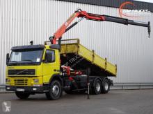 Vrachtwagen platte bak Volvo FM7