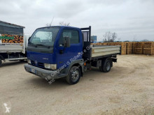 Nissan three-way side tipper truck Cabstar 35.13