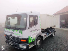 Camion polybenne Mercedes Atego 818