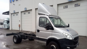 Utilitaire châssis cabine Iveco Daily 60C17/P