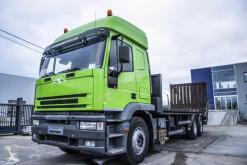 Camión de asistencia en ctra Iveco Trakker