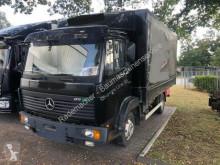 Tautliner truck Mercedes-Benz 811