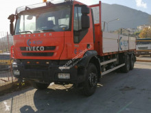 Camion cassone Iveco Trakker AD 260 T 36