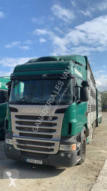 Camion cu remorca Scania R 560 transport bovine second-hand