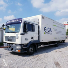 MAN TGL 12.210 4x2 BL Koffer truck used box