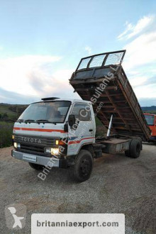 Toyota Dyna 300 truck used three-way side tipper