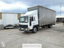 Camion Volvo FL6 15 obloane laterale suple culisante (plsc) second-hand