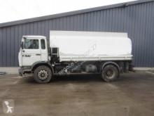 Renault oil/fuel tanker truck Midliner 210