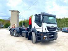 Kamión Iveco Stralis IVECO 260 E 45 SCARRABILE cambio nuovo hákový nosič kontajnerov ojazdený