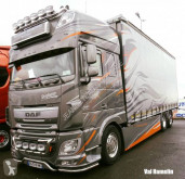 DAF XF 106 truck used tautliner