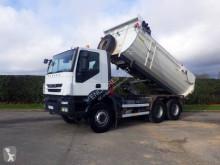 Vrachtwagen dumper Iveco Trakker