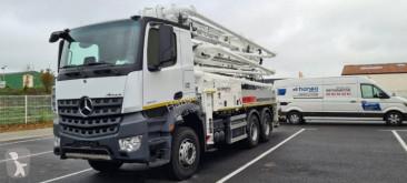 Mercedes concrete pump truck truck Arocs 2640