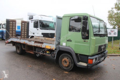 Vrachtwagen MAN 8.103 - CAR/MACHINE TRANSPORTER (5m50) + RAMPS - STEEL SPRING / SUSP LAMES - *180.000km* - mechanical pump / pompe mecanique tweedehands autotransporter