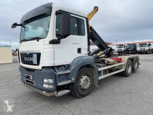 MAN hook arm system truck TGX 28.400