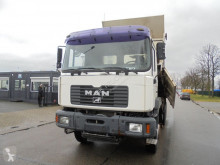 Camion benne MAN 33.364