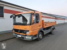 Vrachtwagen driezijdige kipper Mercedes Atego 818 K 4x2 818 K 4x2 Telefon/R-CD