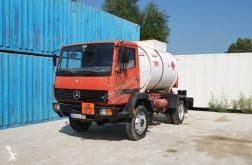 Camión Mercedes 914 cisterna usado