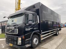 Kamion Volvo FM 300 dodávka použitý