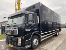 Volvo furgon teherautó FM 300