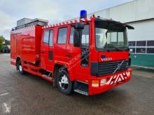 Ciężarówka Volvo FL6 wóz strażacki używana