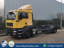 Camion MAN TGM BDF second-hand