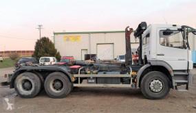 Ciężarówka Hakowiec Mercedes Axor 2633