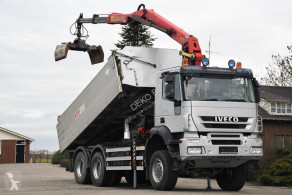 Camión Iveco Trakker 450 volquete volquete trilateral usado