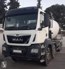 Camion MAN 360 8X4 FRUMECAR 10M3 béton toupie / Malaxeur occasion