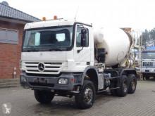 Camion betoniera Mercedes