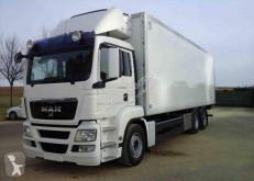 Kamión chladiarenské vozidlo MAN