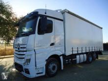 Kamión plachtový náves Mercedes