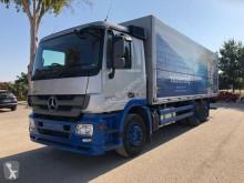 Camión Mercedes furgón usado