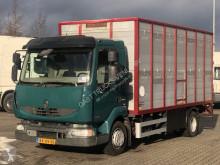 Kamión príves na prepravu zvierat príves na prepravu hovädzieho dobytku Renault Midlum 220