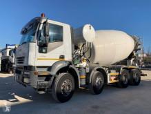 Camion betoniera cu rotor/ Malaxor Iveco Trakker