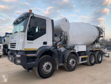 Грузовик техника для бетона бетоновоз / автобетоносмеситель Iveco Trakker