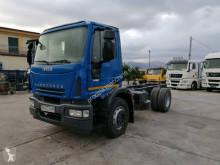 Camion châssis Iveco Eurocargo 180 E 28