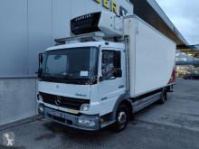 Camião Mercedes Atego frigorífico mono temperatura acidentado
